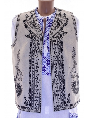 Vesta Traditionala Viorel