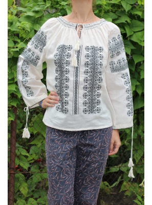 Ie Traditionala Aneta