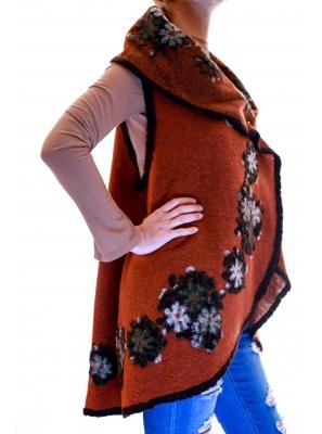 Vesta din lana cu model floral3